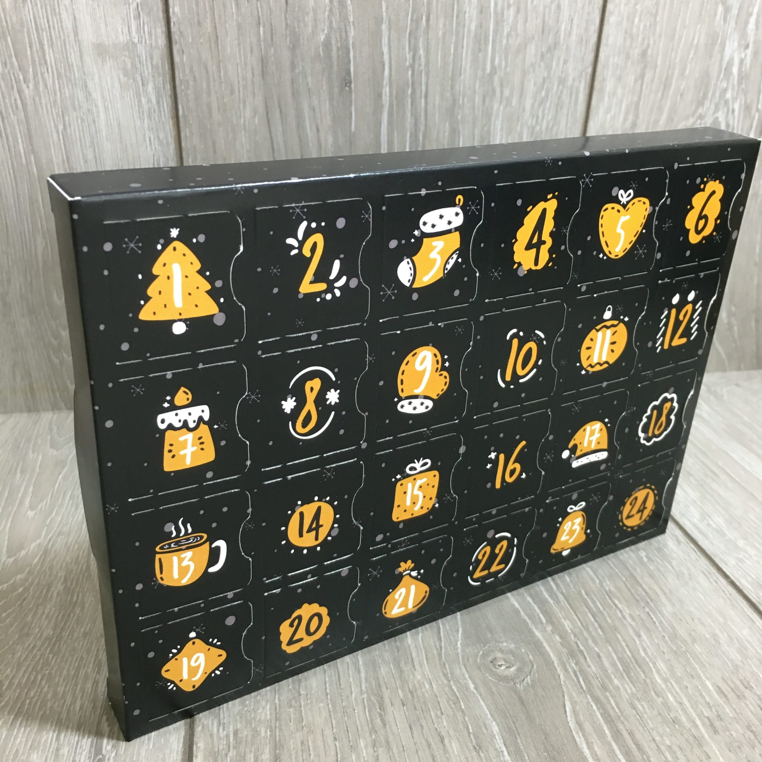 Create Your Own Advent Calendar Selection Box with 24 Compartment Tray